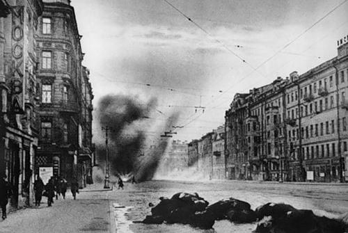Бомбежки Ленинграда